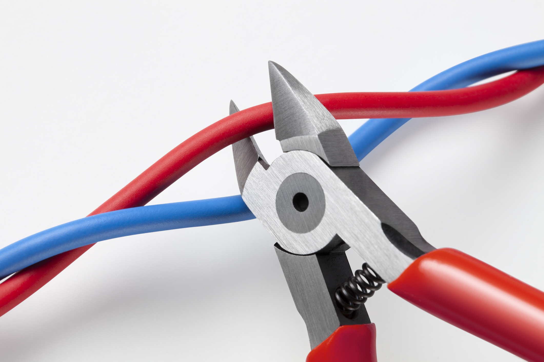 cutting explosives wires