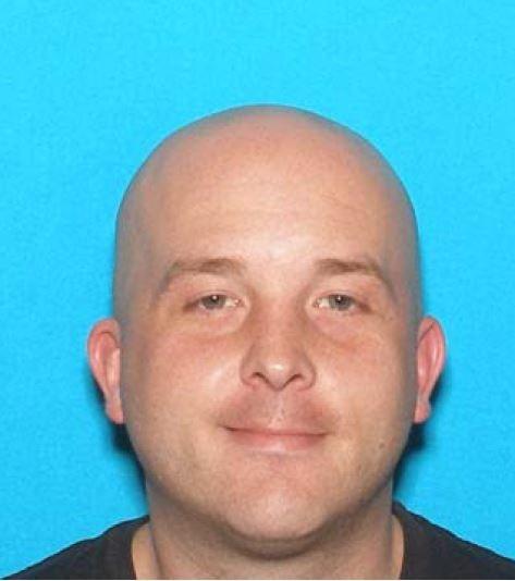 Image of ATF fugitive Justin T Paglusch