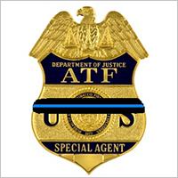 Imagen de una placa de agente especial del ATF